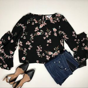 Jack by BB Dakota Black Floral Bell Sleeve Top-XS